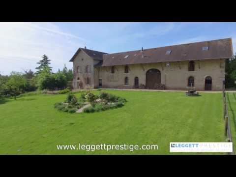 63835MM86 Equestrian property for sale in France - Charroux
