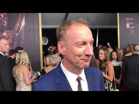 David Thewlis ('Fargo') exclusive interview on 2017 Emmy Awards red carpet