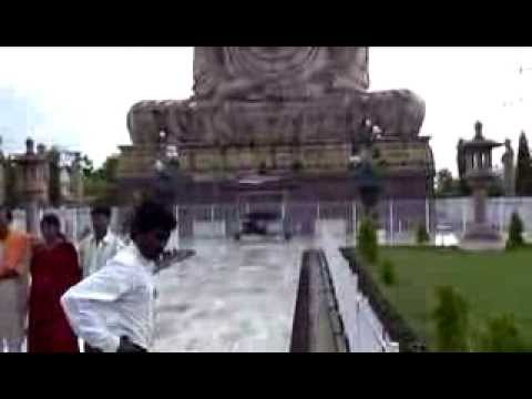 AMAZING FAMOUS BUDDHA STATUE BODH GAYA - Bihar (INDIA)
