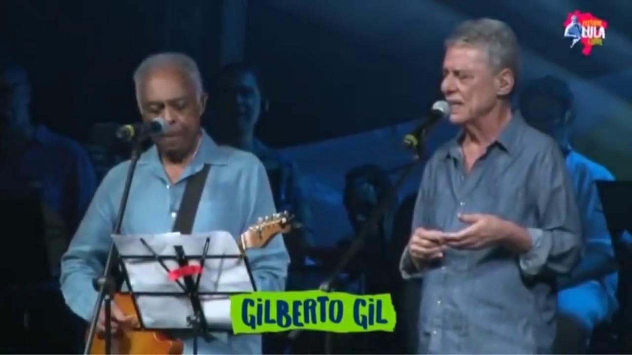 Chico Buarque e Gilberto Gil no Festival Lula Livre