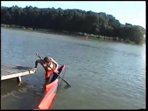 Paddlers from 361 do balance drills in sprint canoe   Juli 2012