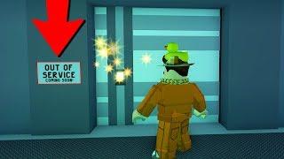 *OMG* BEHIND THE SECRET JAILBREAK BANK DOOR! ( Roblox )