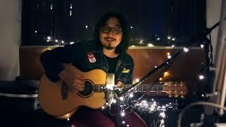 "Download Adhitia Sofyan ""Sesuatu Di Jogja"" - Live from my bedroom"