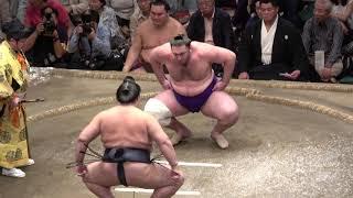 大相撲 平成30年9月場所9日目 稀勢の里 vs 栃ノ心 館内大歓声ですごい盛...