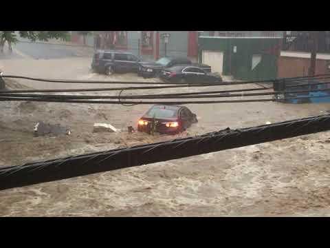 Dramatic video as flash flood strikes Ellicott City in Maryland