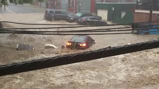 Dramatic video as flash flood strikes Ellicott City in Maryland
