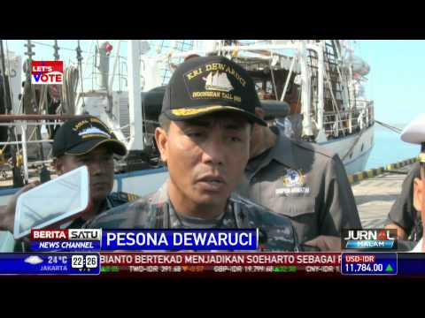 KRI Dewaruci Berlabuh di Denpasar