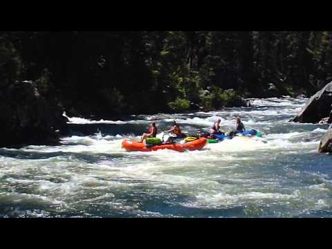 Raft flip Velvet Falls MIddle Fork of Salmon River.mp4