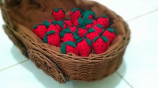 DIY How to make a felt strawberry
