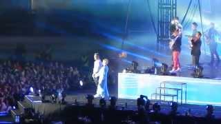 Cheek feat. Katri Helena: Puhelinlangat laulaa (2014 Olympiastadion Helsinki) Live
