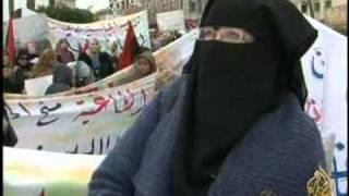 معاناة الليبيات المتزوجات من أجانب