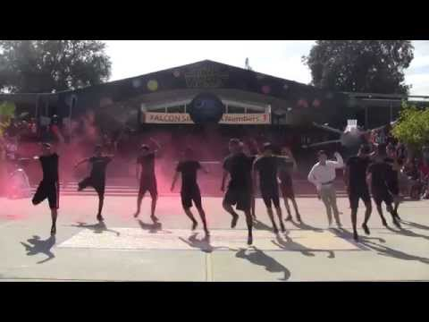 2015 Saratoga High School Homecoming Quad Day - Seniors