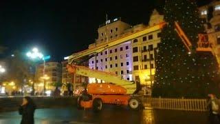 Bilbao comienza a instalar su decoración navideña