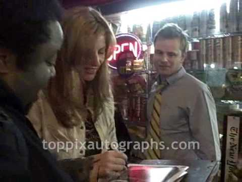 Diane Neal  Signing Autographs at 24 Hour Plays on Broadway Afterparty in NYC