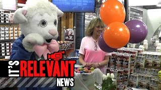 Crowds Gather For 5th Egg Hunt At Stew's