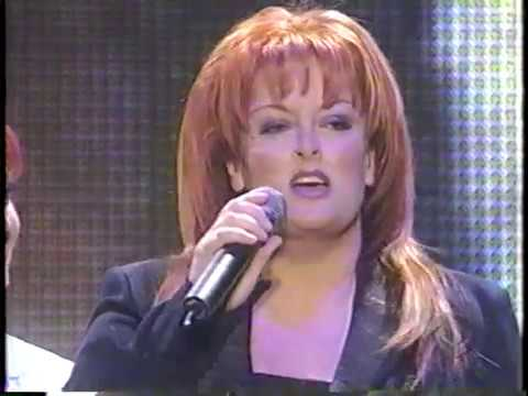 """The Judds Reunion concert """"The Power to Change"""" CBS Special aired on May 17, 2000"""
