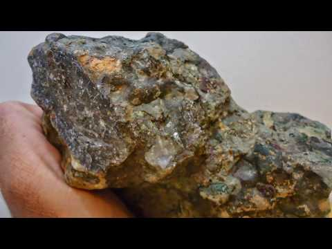 kimberlite with rough diamonds