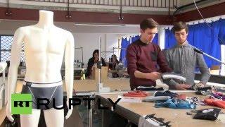 ابتكار ملابس داخلية صحية فريدة للرجال (فيديو)