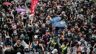 现场直播:香港示威者塞机场