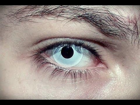 lentes de contato branca