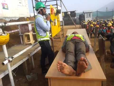 First aid training for Construction workmen