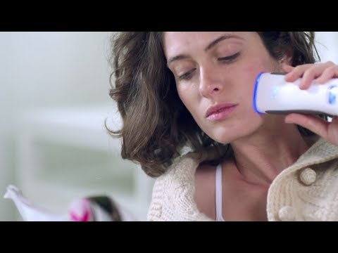 The Tria Blue Light Acne Clearing Device   Sephora