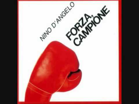 Nino D'Angelo forza campione