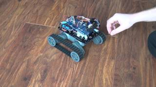 My tracking Arduino robot