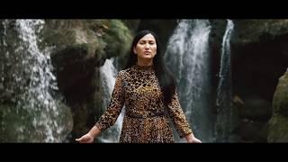 Ligia Odev - Ochii Lui [Official Video]