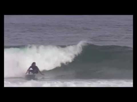 Surf coaching: Backhand Bottom Turn - Regular Footer Version
