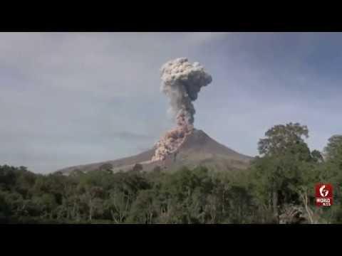 Indonesia News - Indonesia's Sinabung Volcano Spews Hot Ash