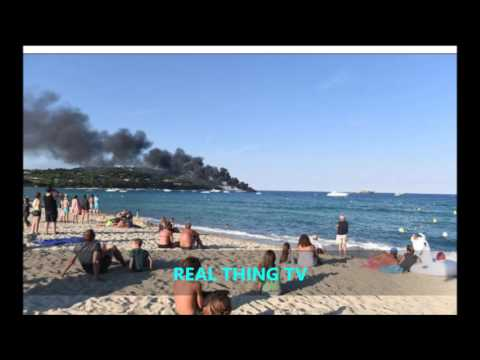 Shocking Moment luxury yachts in front of horrified beach in St Tropez