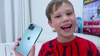 Макс купил себе iPhone 11 Pro в Алфавит Челлендж не достав букву i