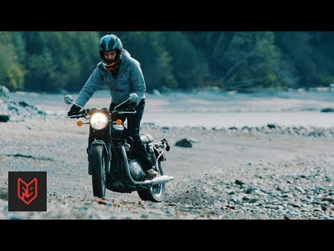 Triumph Bonneville Surf Trip: Making a Promo with the T100