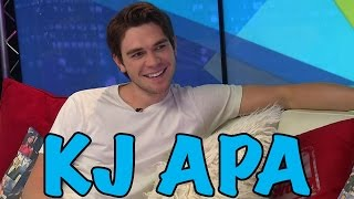 Sipping Milkshakes with RIVERDALE'S KJ Apa!
