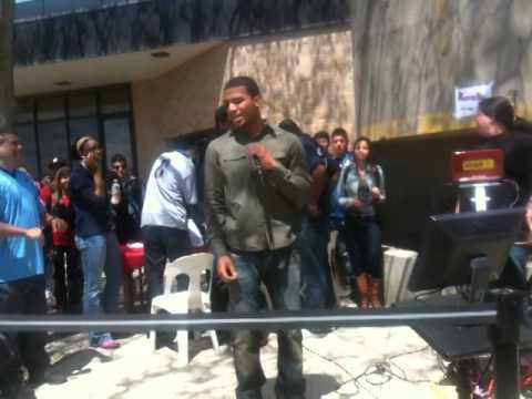 Bump and Grind- R.Kelly( karaoke in 2012)(Bryan Bautista)