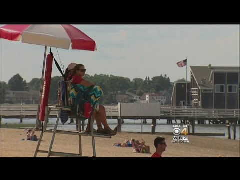 Beachgoers Try To Beat The Heat By Visiting Quincy Beach