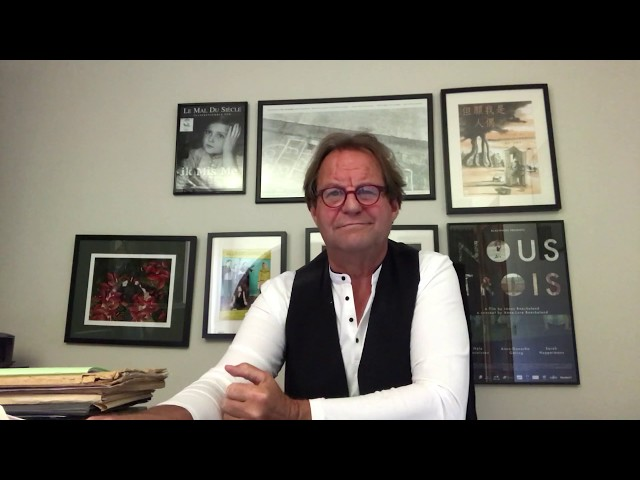 Wally De Doncker, schrijver, vertelt ons wat meer over feestvieren!