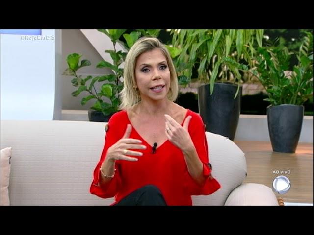 Débora Nascimento fala sobre fim do casamento com José Loreto