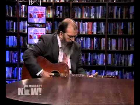 Steve Earle: Longtime musician & activist interviewed on Democracy Now! about new book/album. 4 of 4