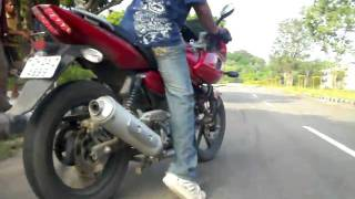 Small burnout on Pulsar 220!