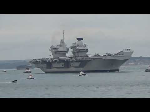 Arrival of the HMS Queen Elizabeth II Aircraft Carrier