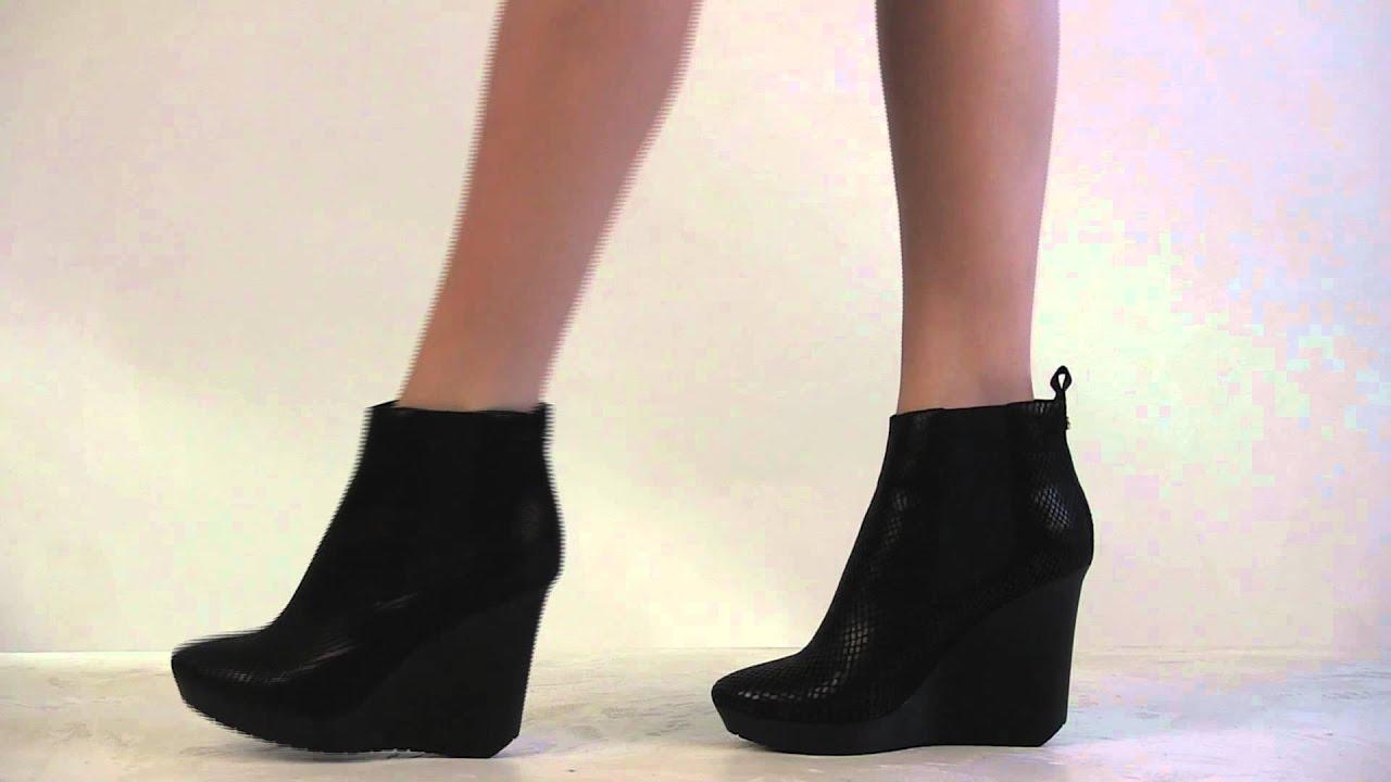 cc3b58e6e7f6 Footcandy Shoes Jimmy Choo Britania - YouTube