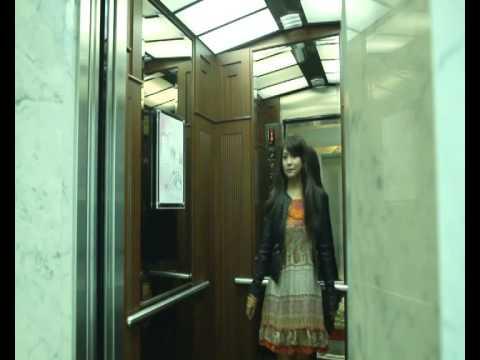 Restina - Belum Terlambat ( Official Music Video )