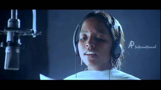 Poovellam Kettuppar - Poothathu song
