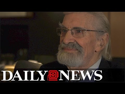 "Martin Landau talks ""The Last Poker Game"" and becoming an actor"