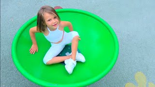 Playground song for children by Max and Katy | Have some fun