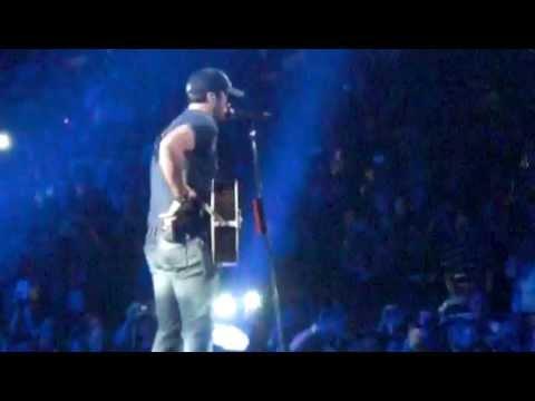 Luke Bryan - Drunk On You (Orlando, FL 1/26/13)