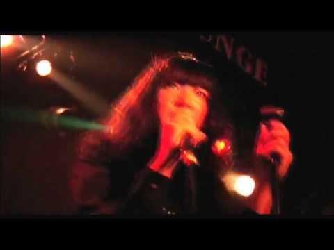 Drop's「赤のブルーズ」Music Video