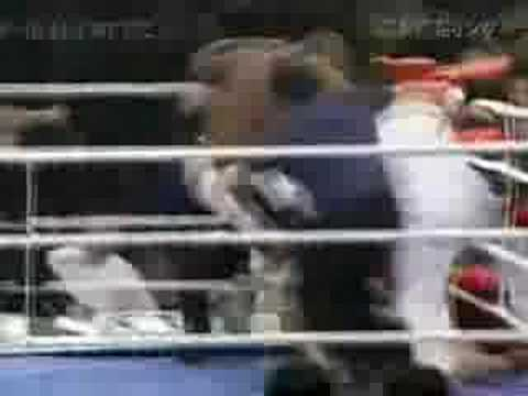 Bob Sapp VS Mike Tyson - YouTube